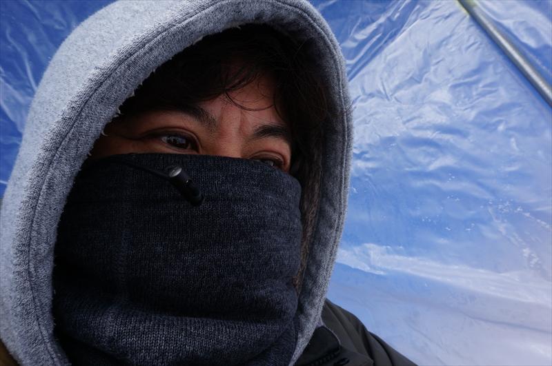 寒さと戦うヨッピー