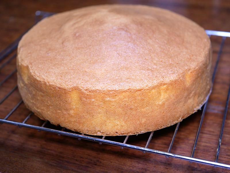 本格料理もちゃんとできます。スポンジケーキも焼けますよ