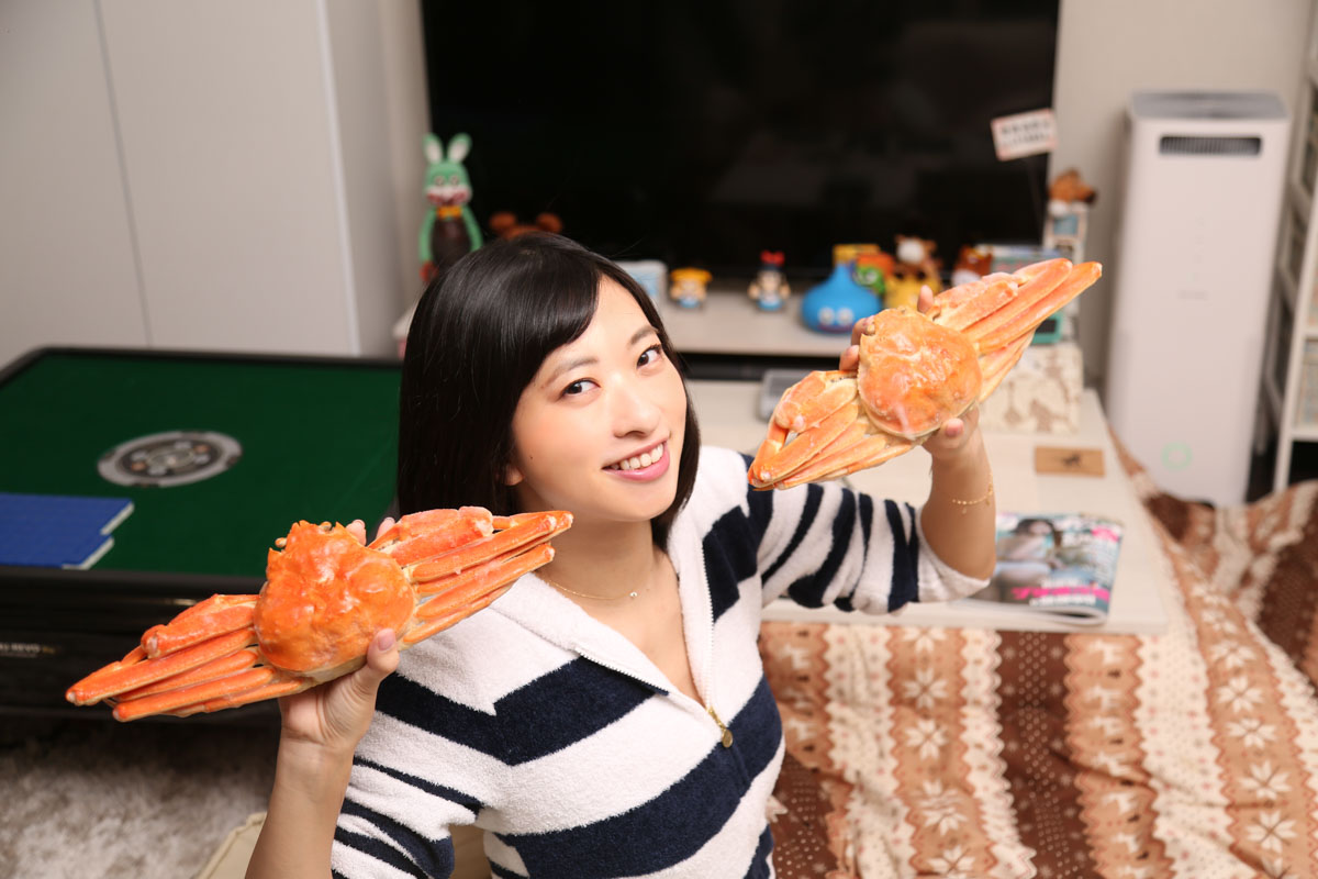 おうち大好きグラビアアイドル・倉持由香 presents 「カニ鍋ホームパーティー」のススメ