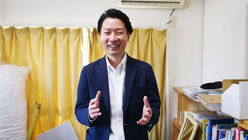 「高く売れるドットコム」の丹羽さんにお話を聞きつつ、買い取ってもらいます!