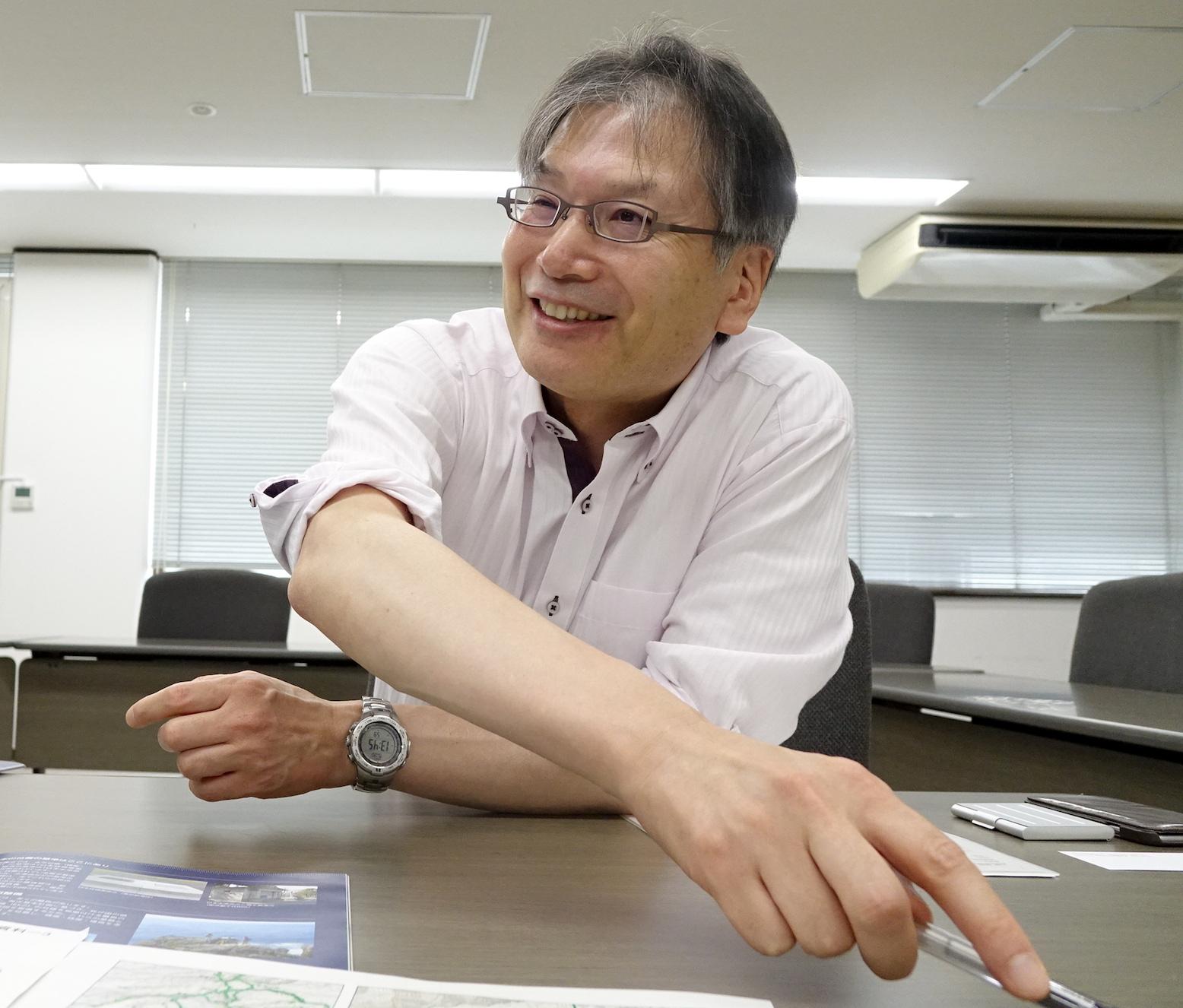 大塚孝治氏
