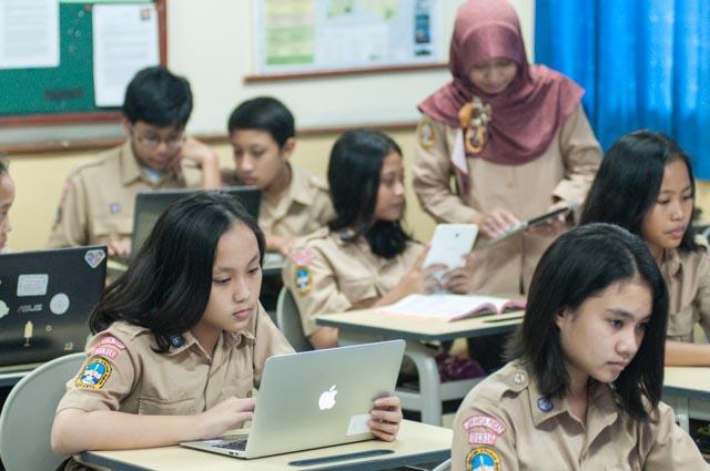 ジャカルタでのQuipper School利用風景