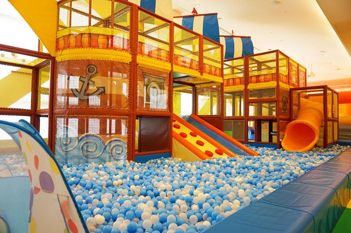 大阪 スパワールド 世界の大温泉-美と健康の24時間快適空間のボールプール
