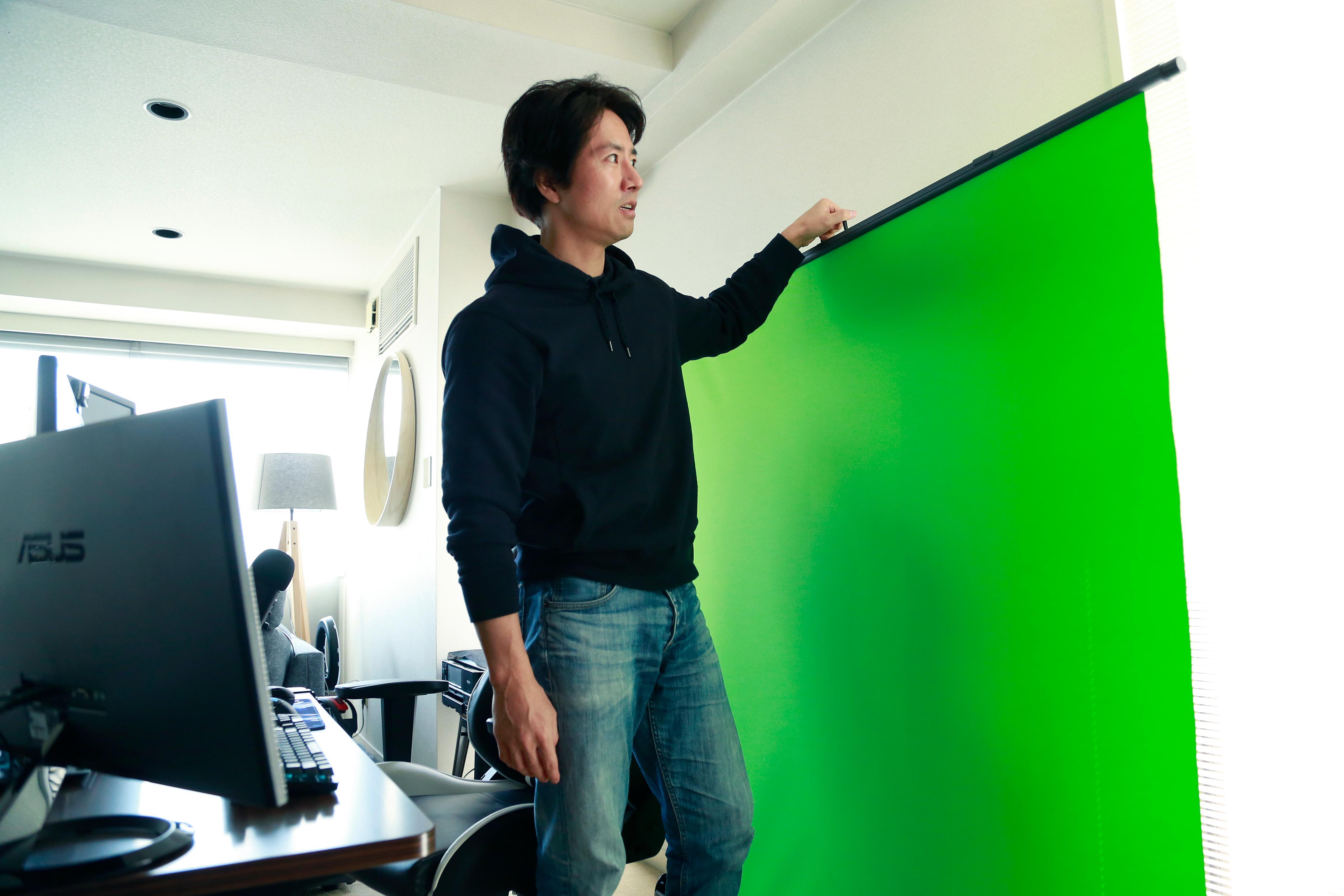 ケイン・コスギの自宅ゲーム配信環境・映像合成用のグリーンバック