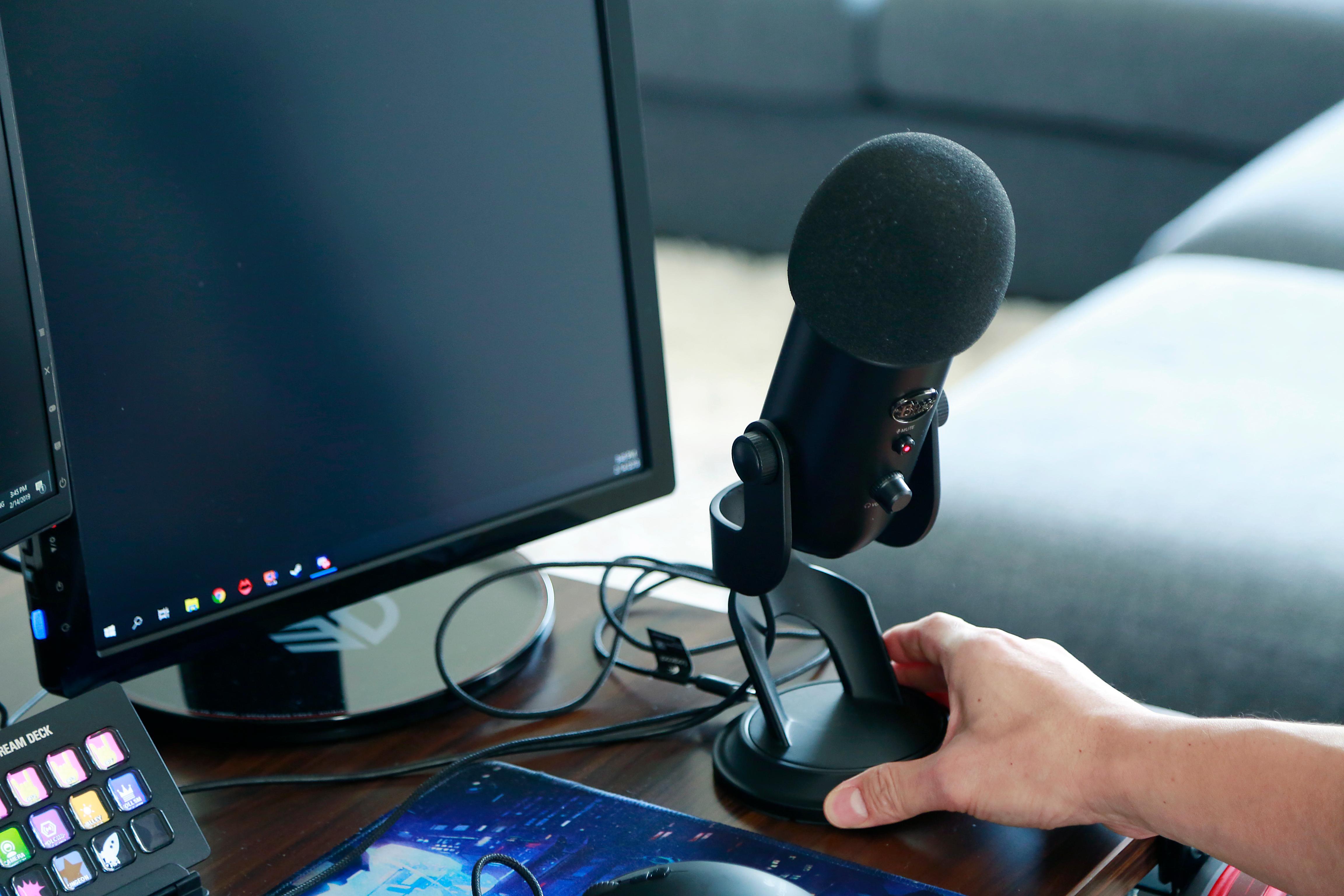 ケイン・コスギの自宅ゲーム配信環境・配信用マイク「Blue Microphones Yeti(ブルー マイクロフォン イエティ)」