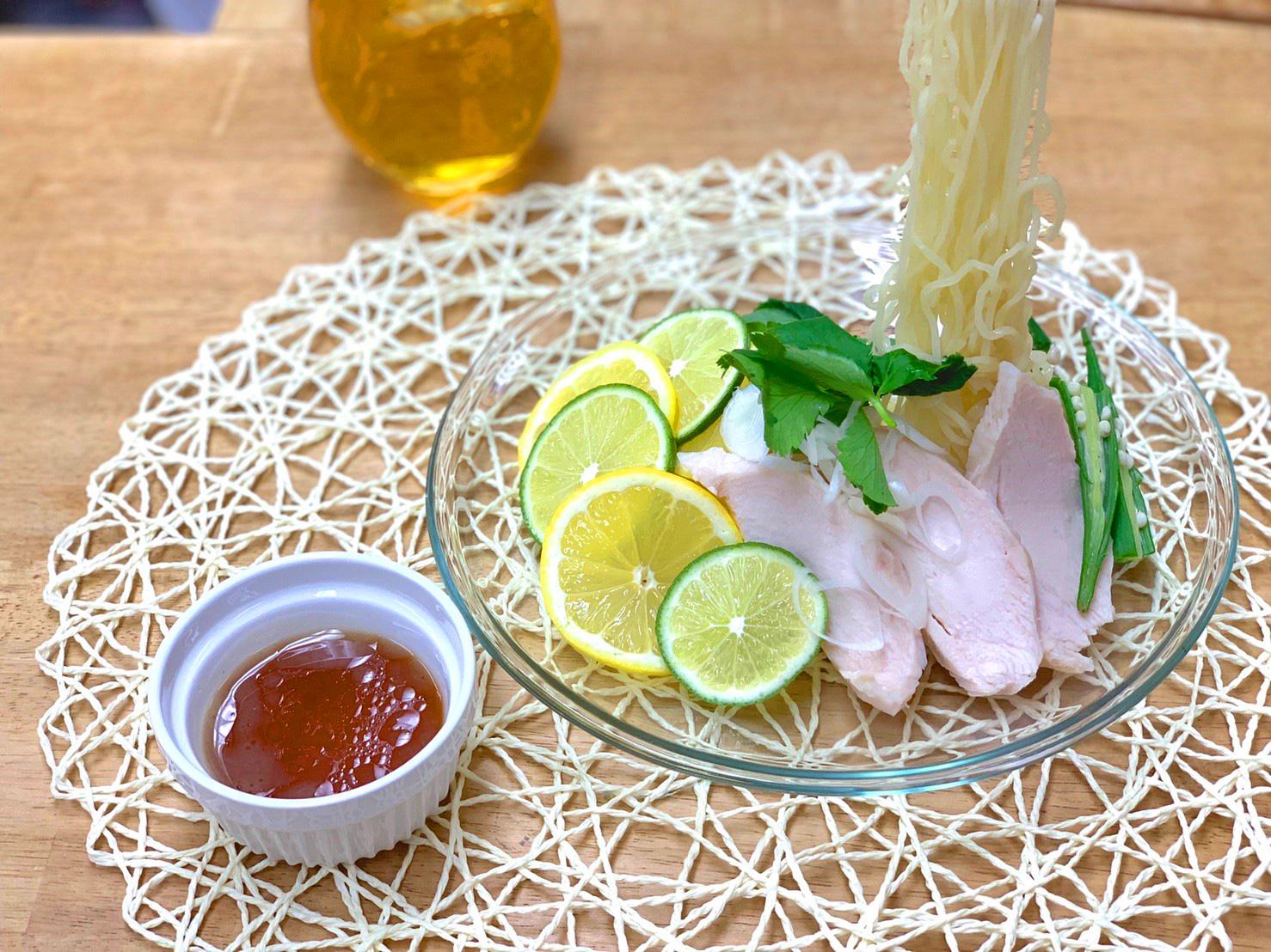 お取り寄せご当地ラーメン・秋田 比内地鶏を使った地鶏ラーメン。ラーメン女子・森本聡子セレクト