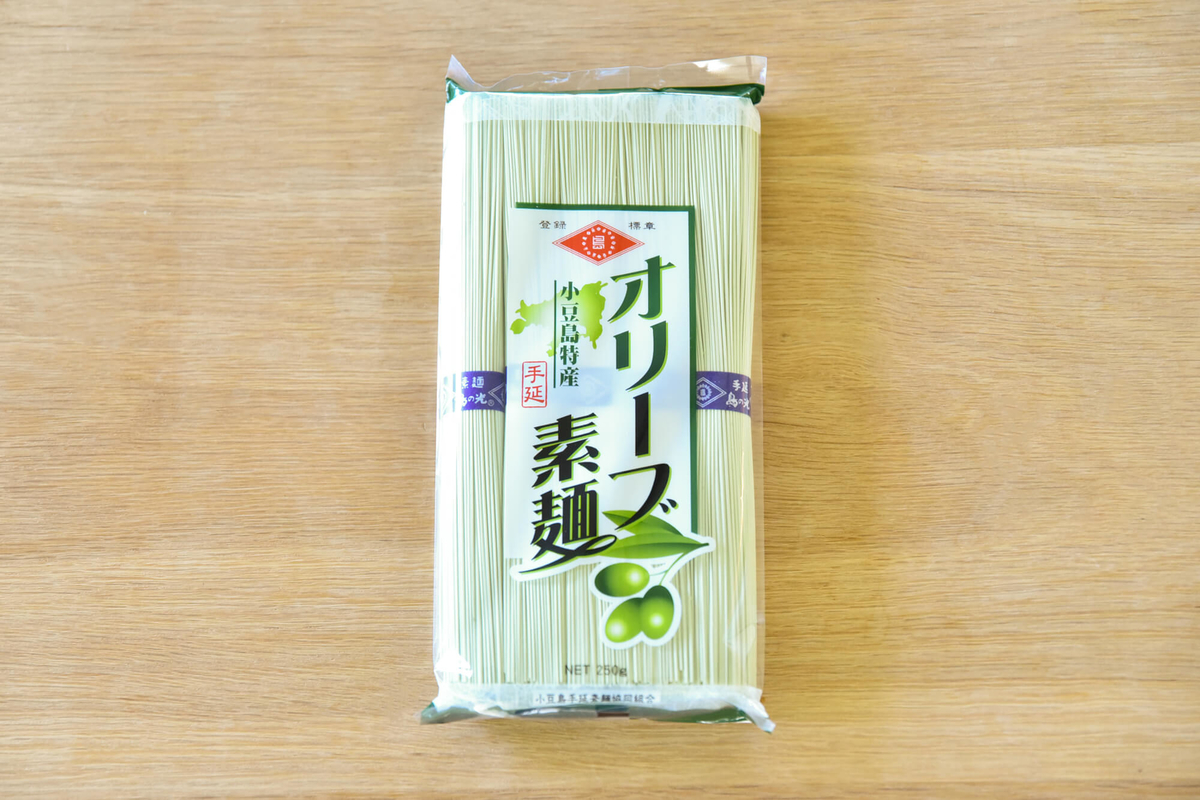 「島の光 手延オリーブ素麺」香川県|小豆島手延素麺協同組合