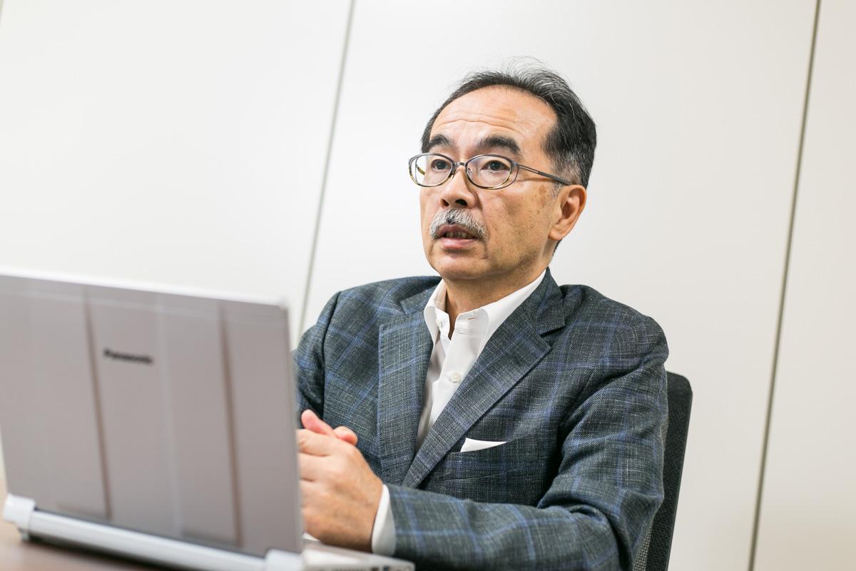 PostgreSQL石井達夫さん横顔