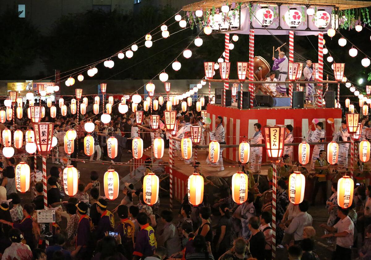 筆者が盆踊りに目覚めるきっかけとなった「築地本願寺納涼盆踊り大会」