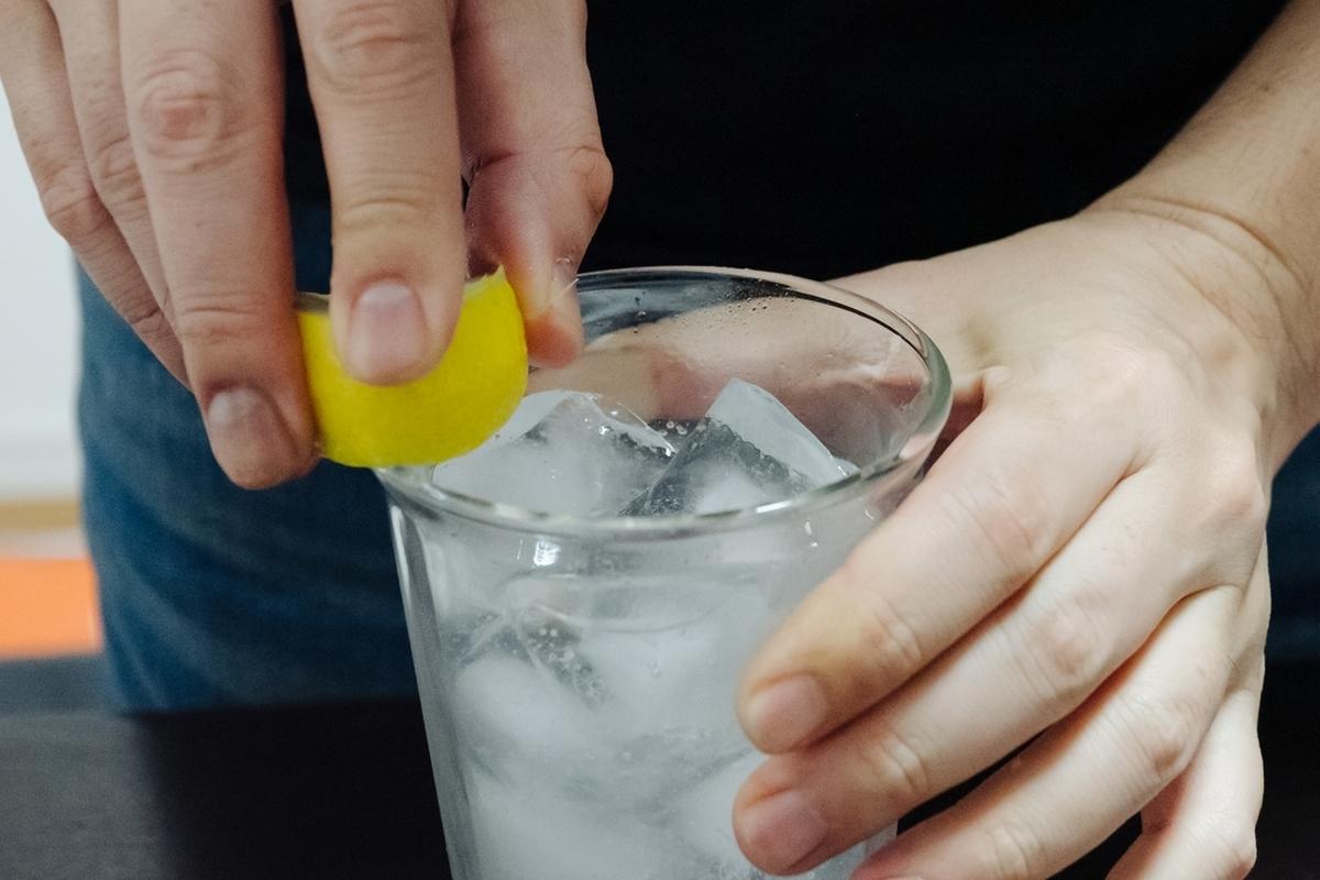 レモンを塗る