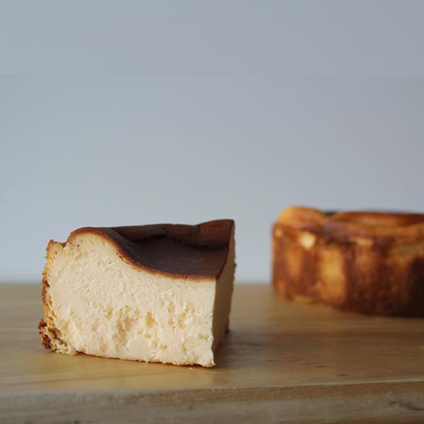 MELANGE De SHUHARI バスクチーズケーキ