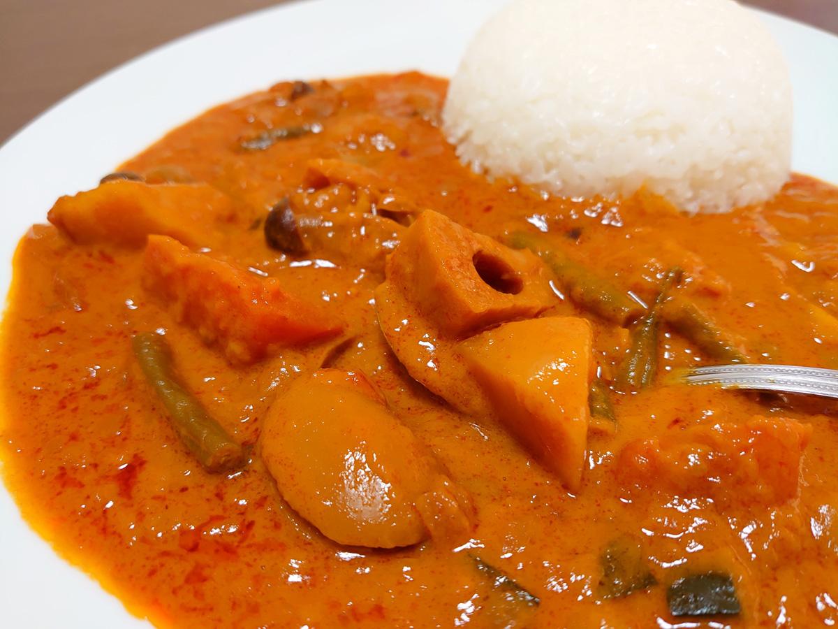 中村屋 味文化 野菜カリー 盛り付け例