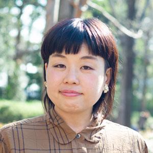 山崎ナオコーラさん