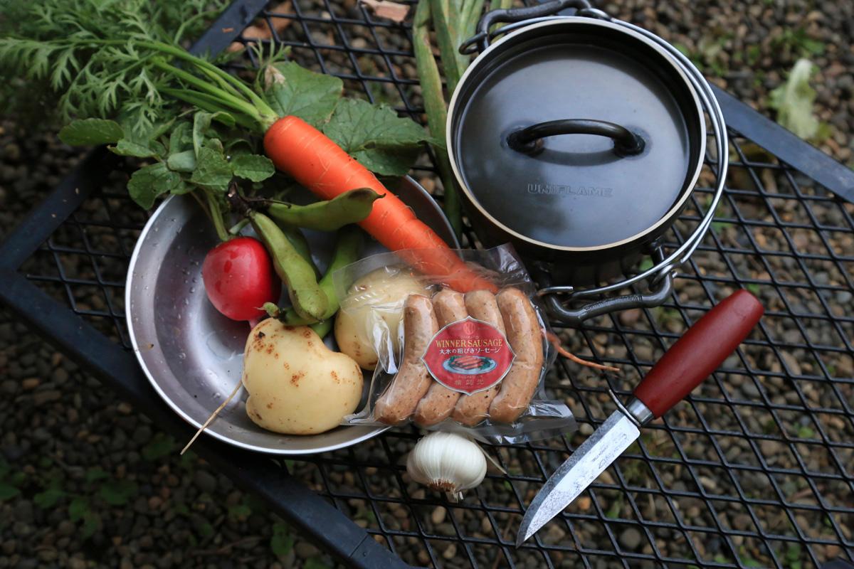 ソロキャンは自分の好きな料理を好きなだけ作れるのも魅力!
