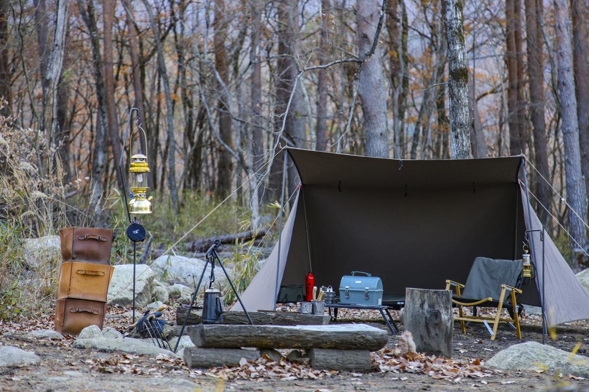 ソロキャンプに必須なキャンプ道具の解説&便利ギアの紹介