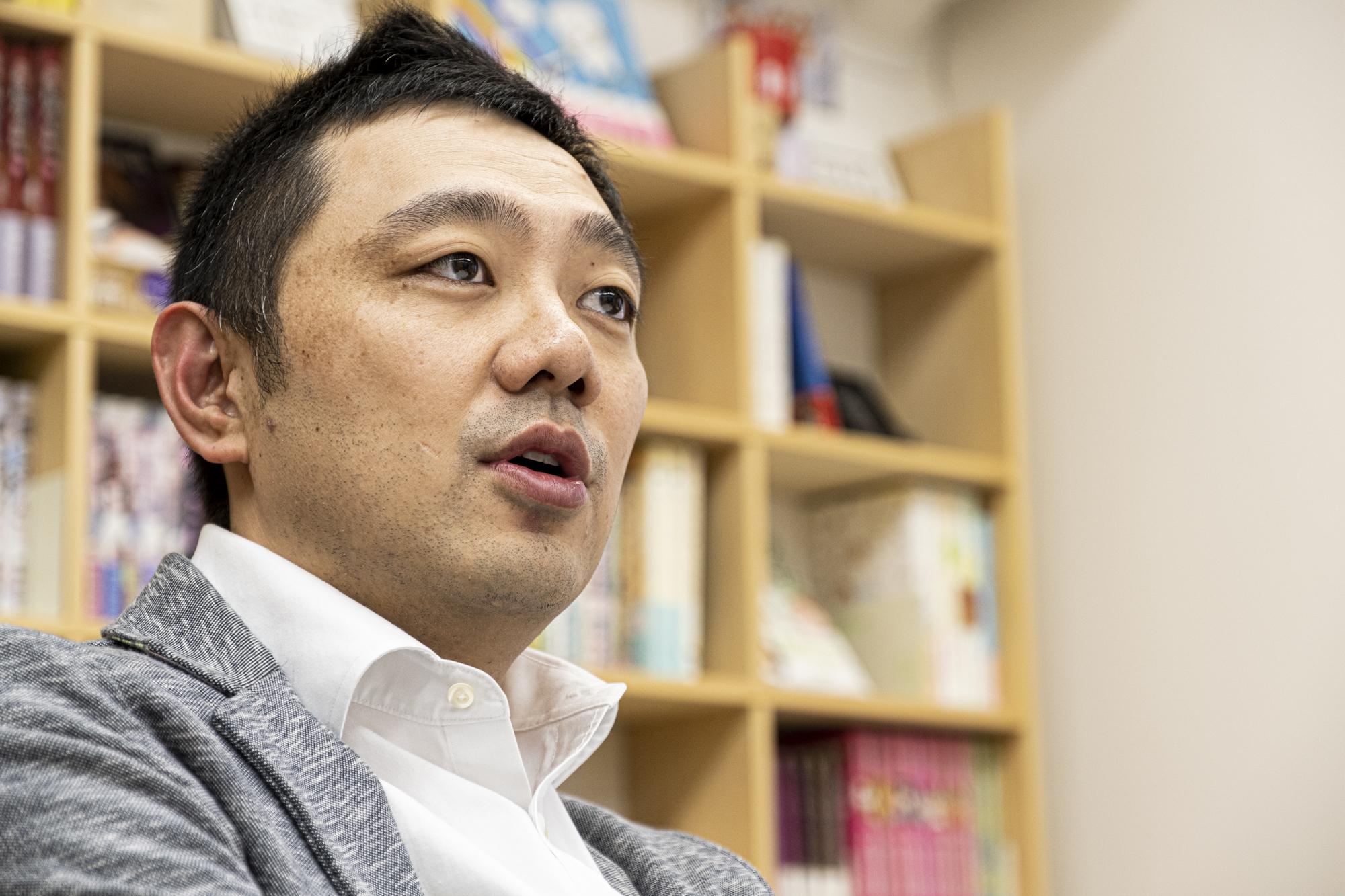 佐渡島庸平さんプロフィールカット
