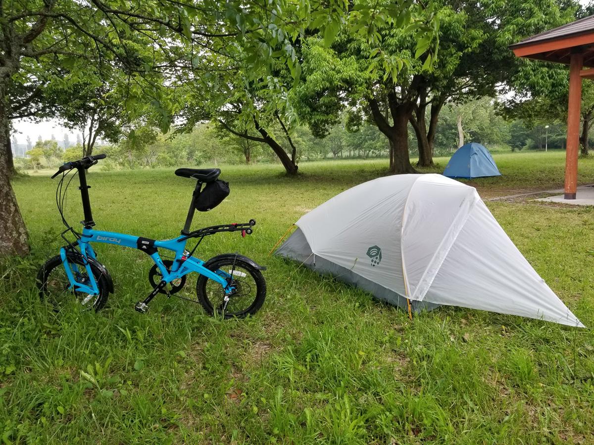 自転車ソロキャンプも徒歩時と同様、道具は最小限かつコンパクトに