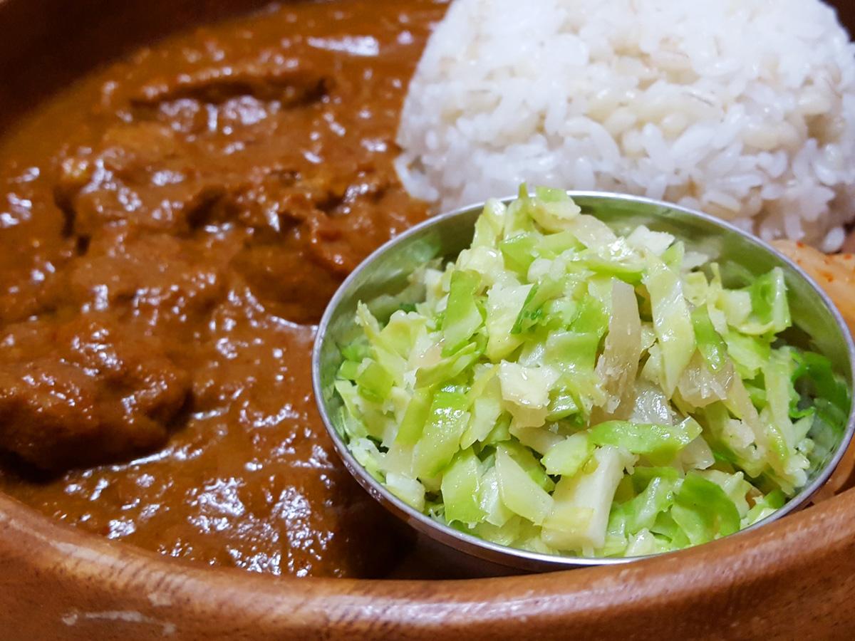 南インド風キャベツのココナッツ炒め(ポリヤル)