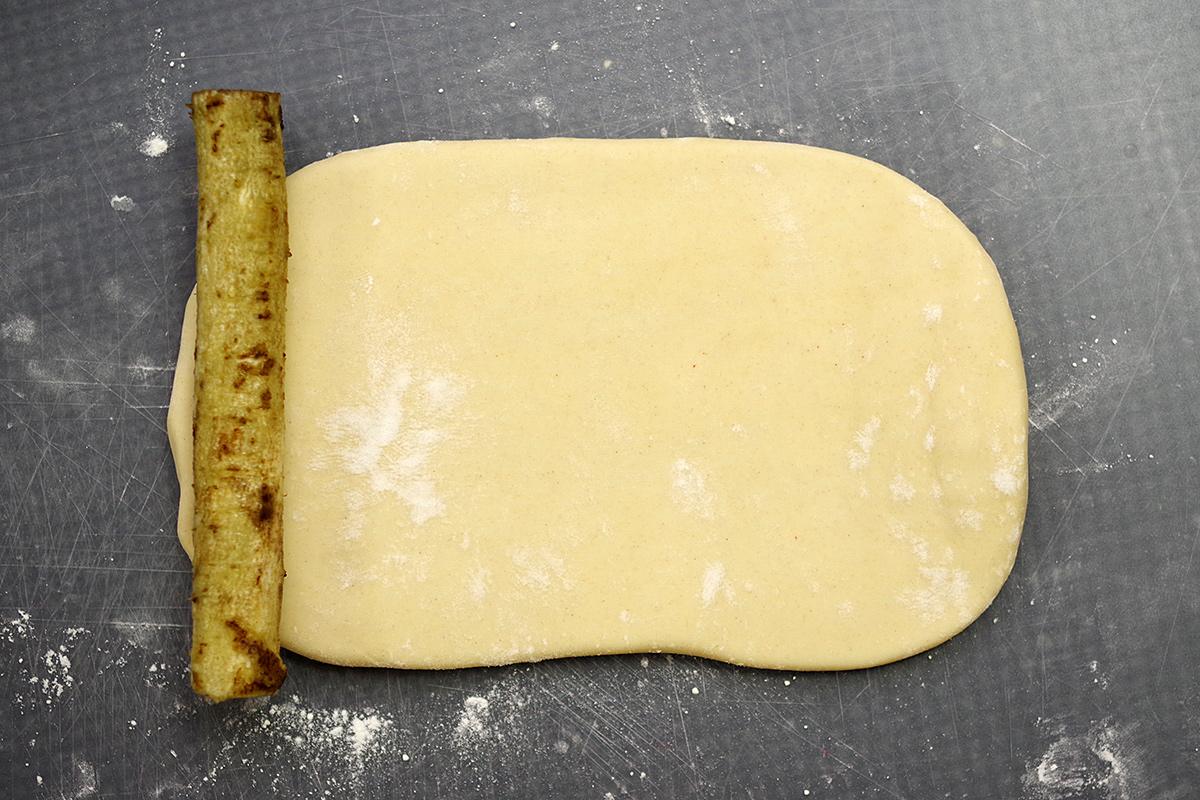 作り方は簡単。芯をごぼうにしてちくわぶを作るだけ