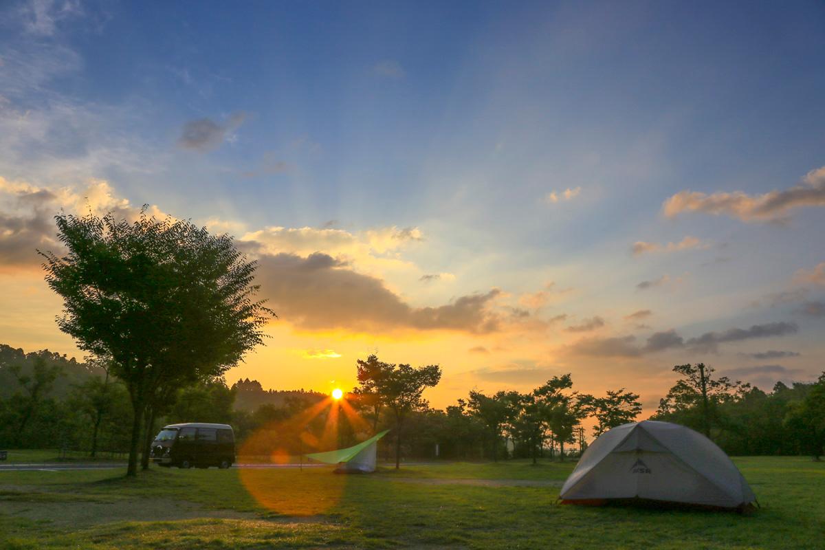 ソロキャンプにおすすめのキャンプ場11ヶ所&基礎知識