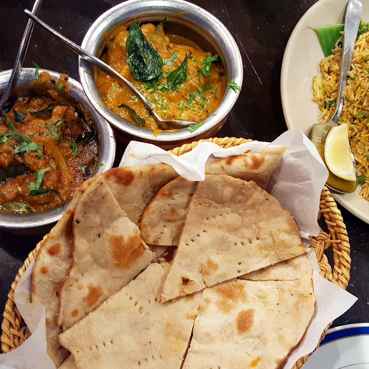 ダバ・インディアは東京を代表する南インド料理店といえる
