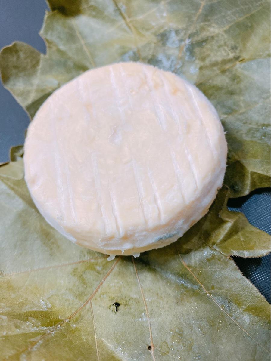 フロマージュ・ド・みらさかの白カビチーズ