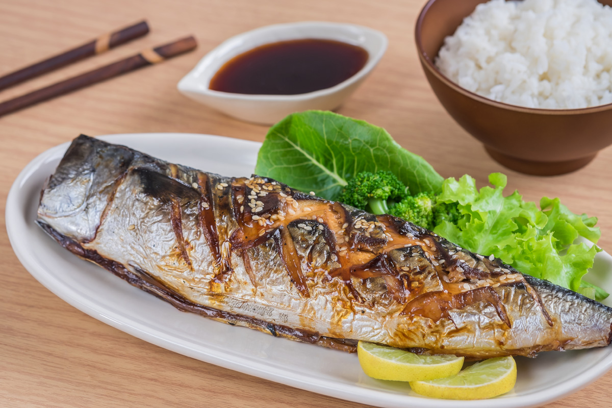 焼き魚に合う米は「青天の霹靂(せいてんのへきれき)」