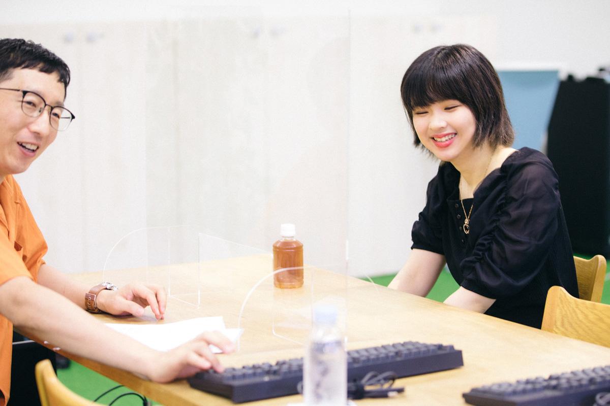 miriさんに体が疲れにくいキーボードを教えてもらいます。聞き手は斎藤充博