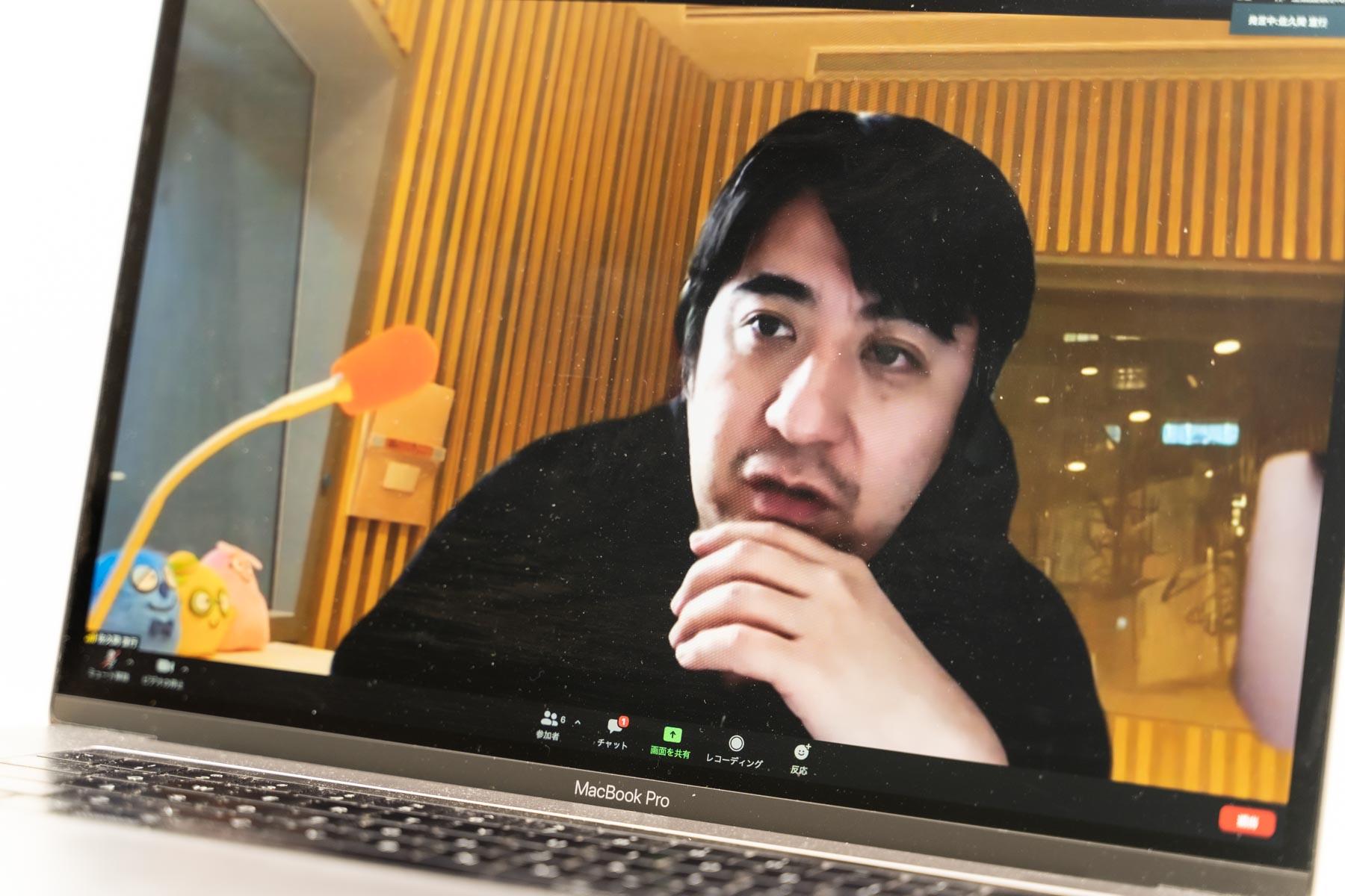 佐久間宣行さんのインタビューカット2