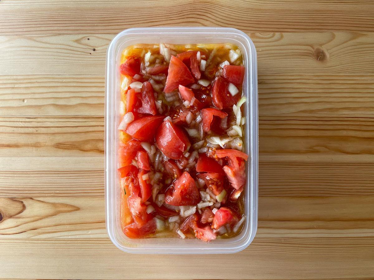 トマトとタマネギの食べるマリネサラダ