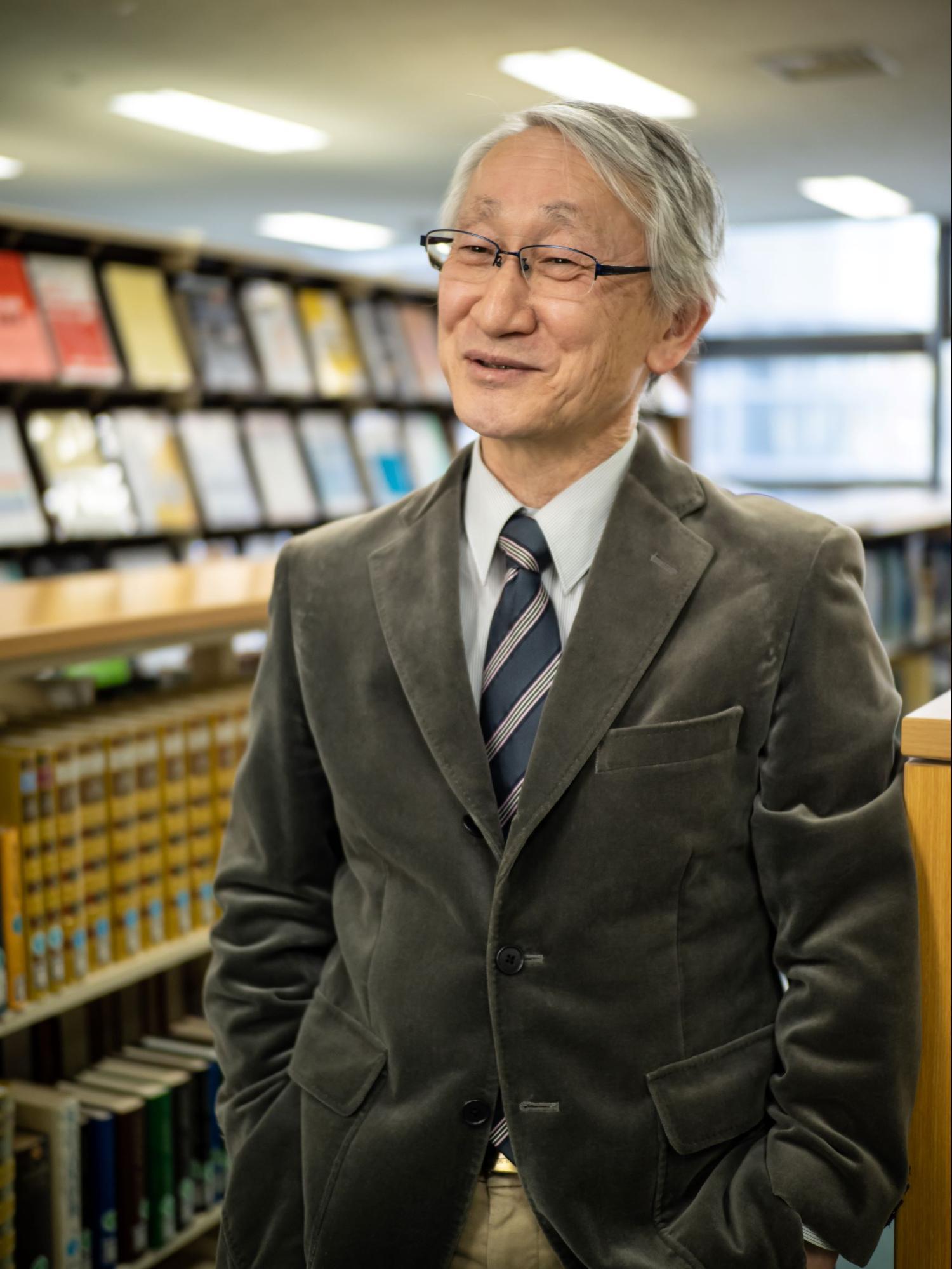 川口淳一郎さんの笑顔の写真