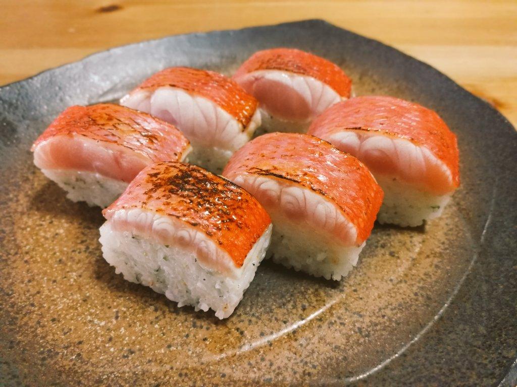 キンメダイの棒寿司を作った