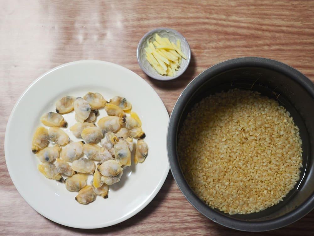 あさりの炊き込みご飯 材料