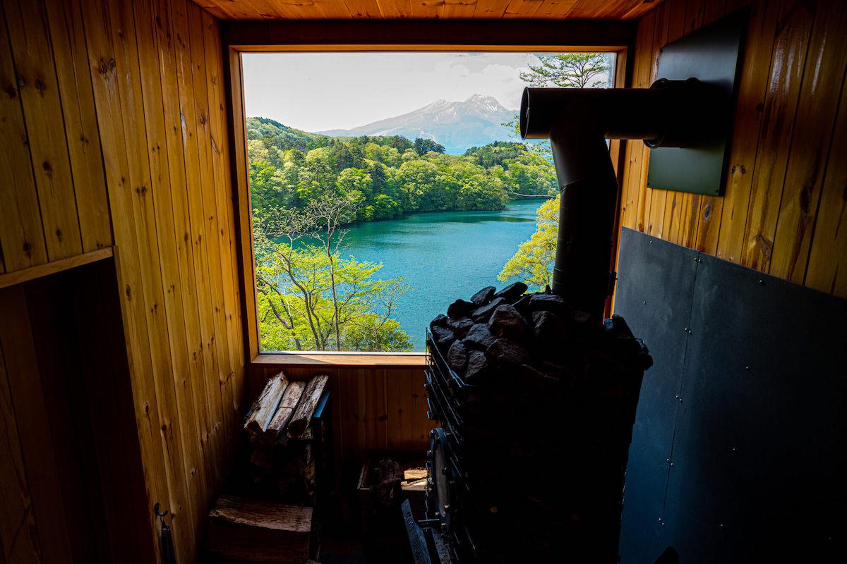 「サウナのある家」を長野県野尻湖に建てた