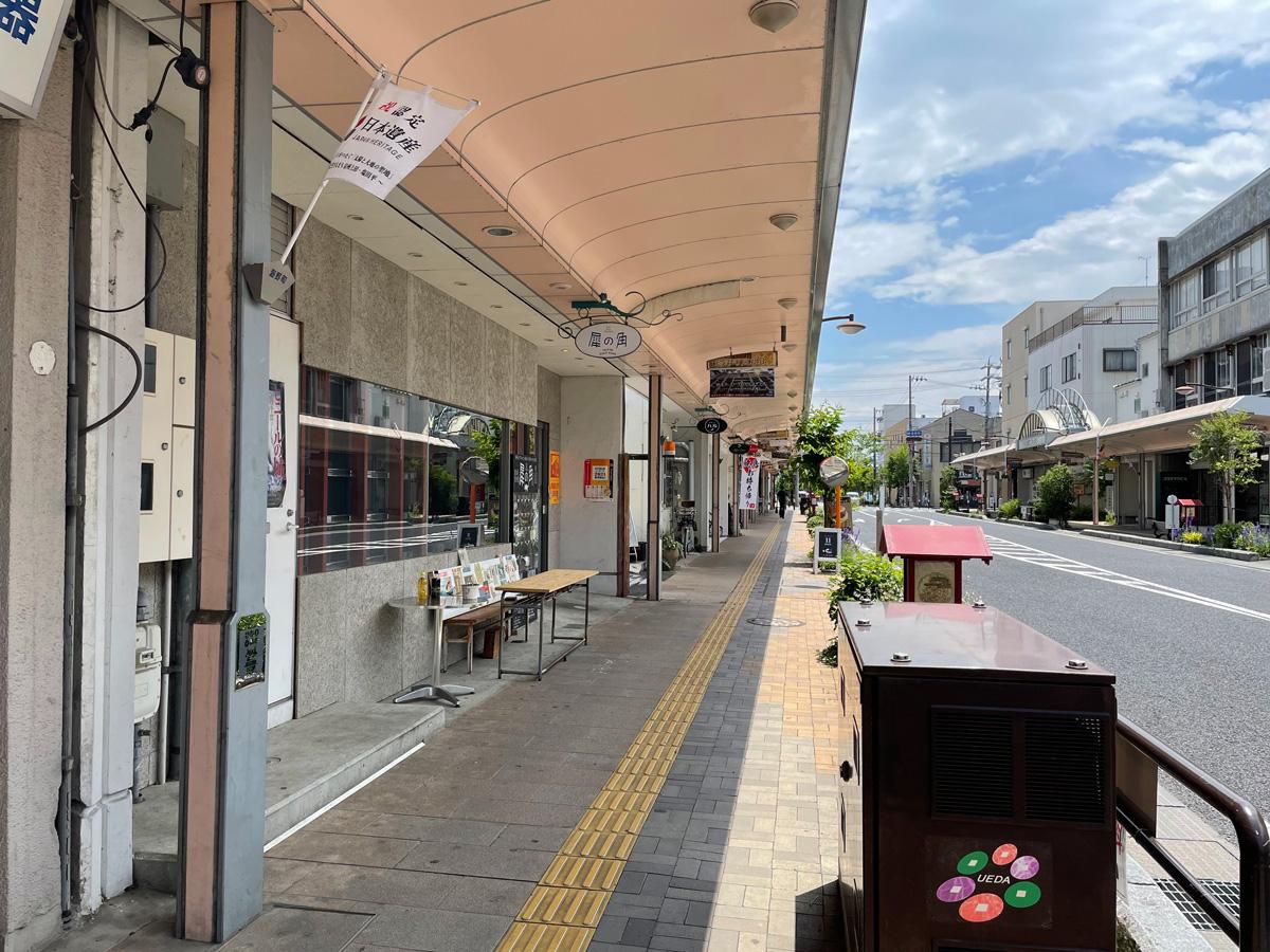 上田駅前の海野町商店街の風景写真