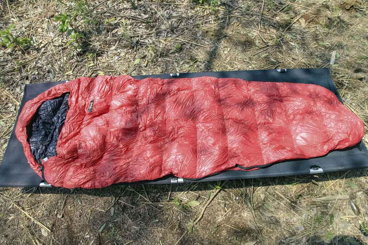 寝袋(シュラフ)のマミー型