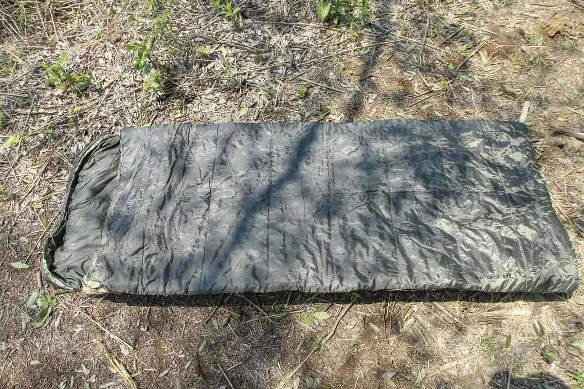 寝袋(シュラフ)の封筒型