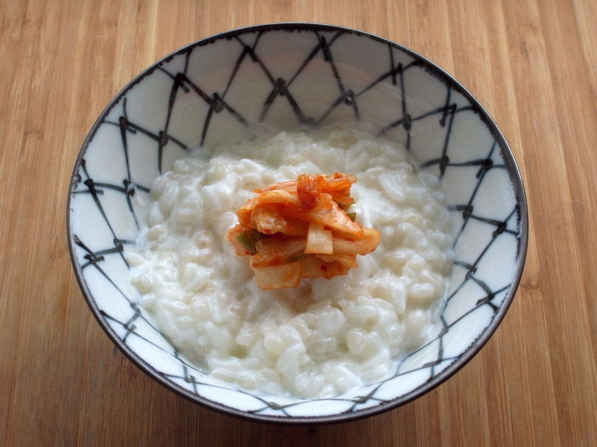 キムチのヨーグルトご飯