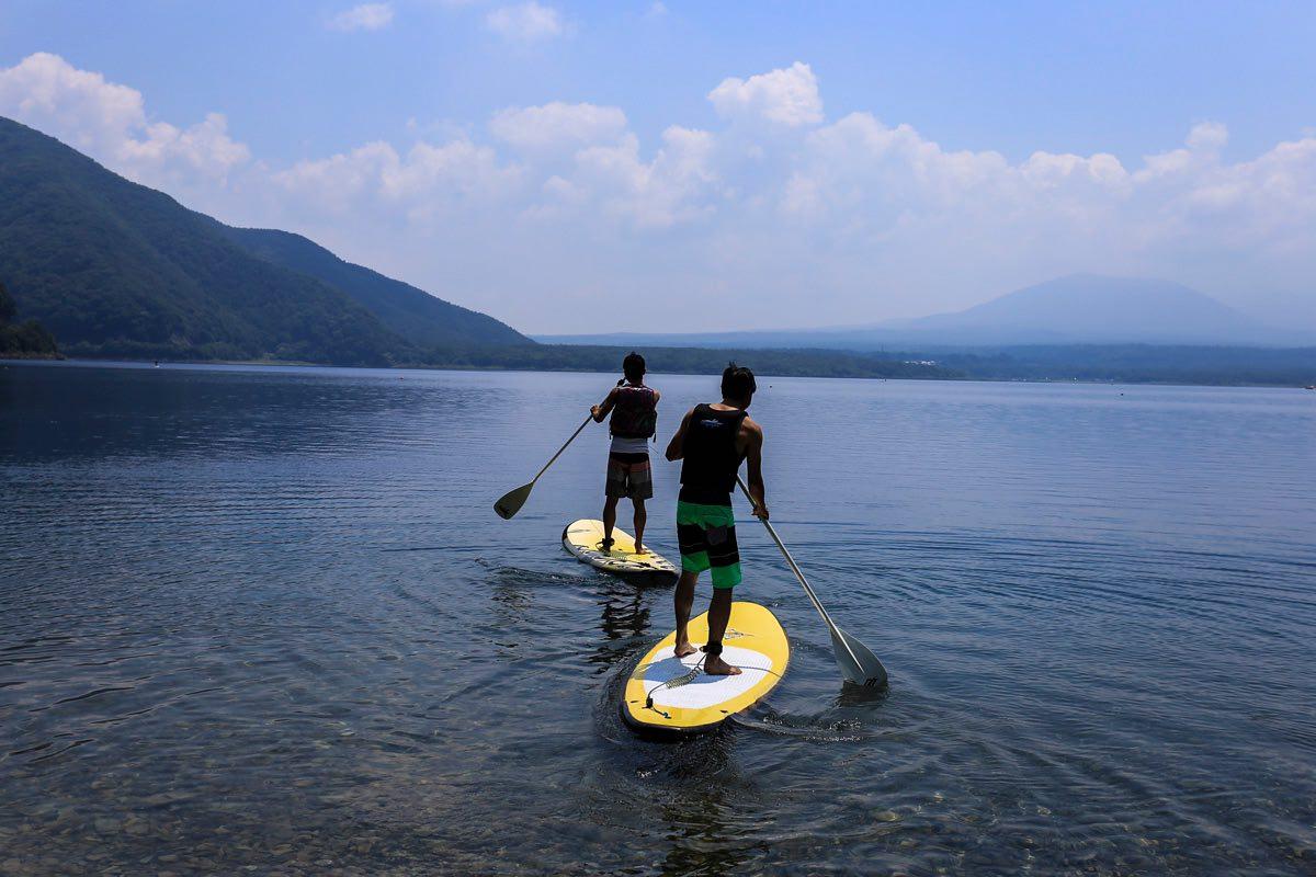 ソロキャンプの楽しみ方、SUPなど水辺のアクティビティも