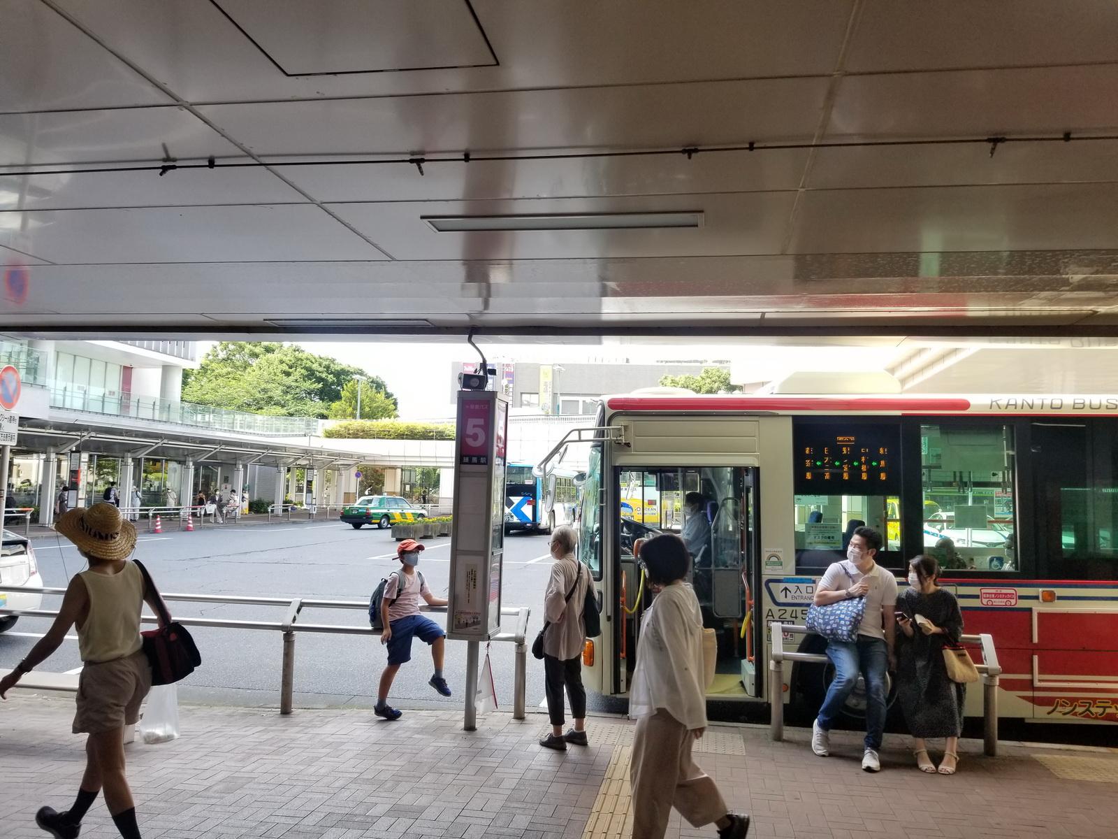 練馬駅のバスターミナル