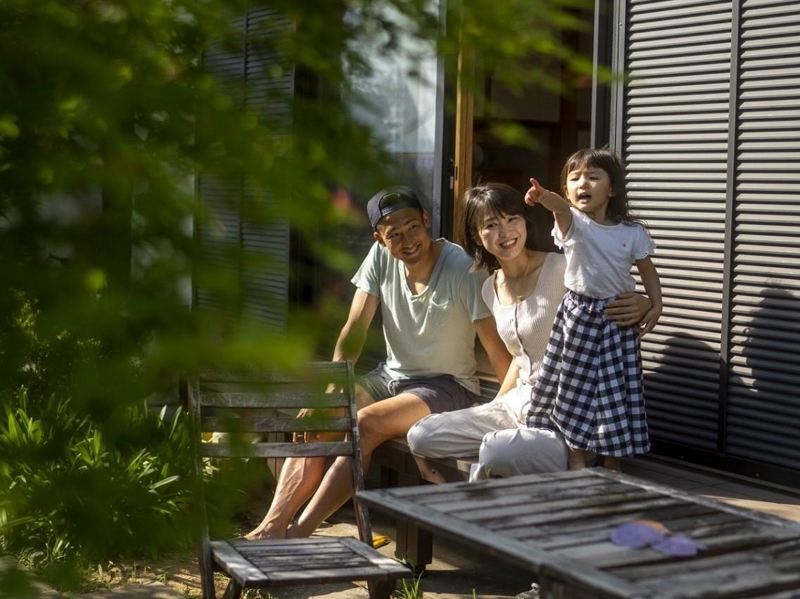 家族との時間を大切にしている村上萌さん。クライアントに対しても自分の希望を伝え、できる限りプライベートと仕事を両立している