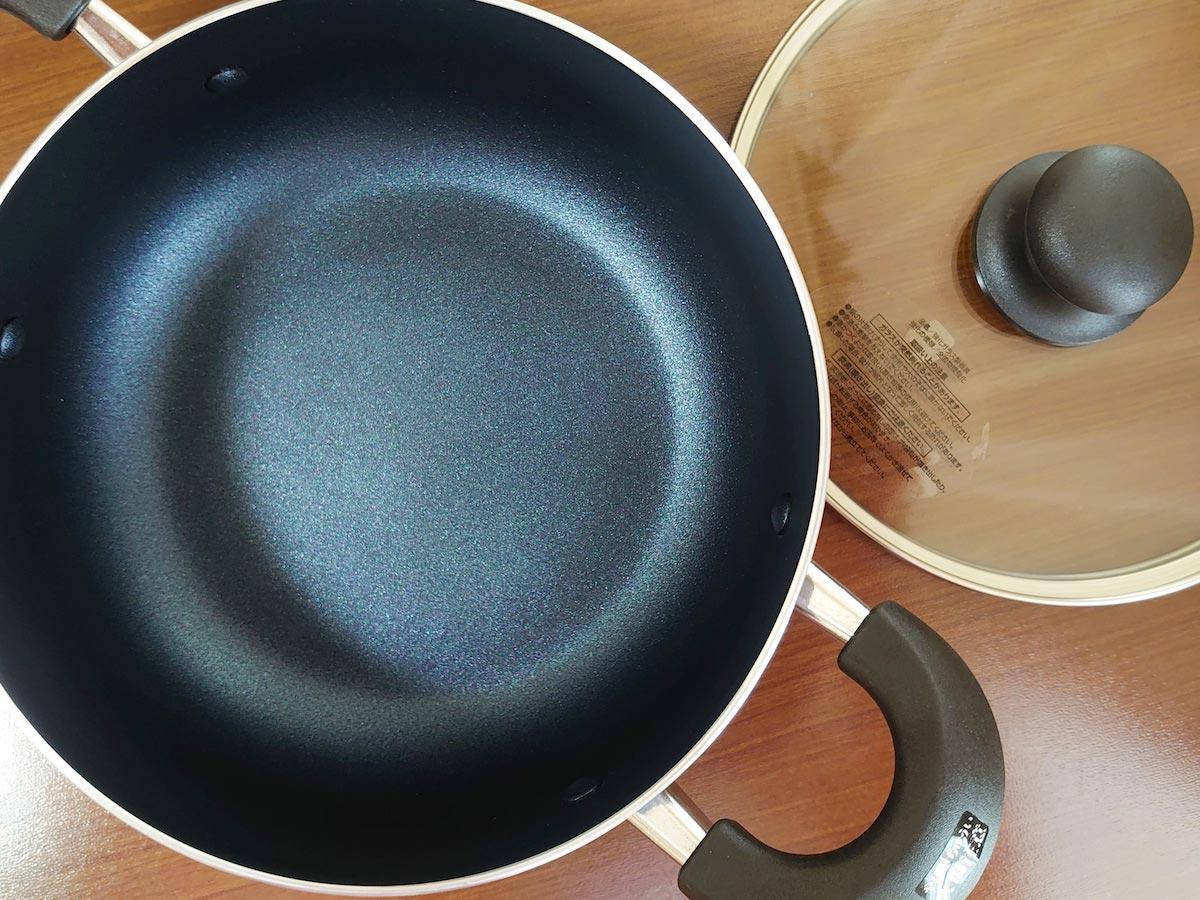 カレー鍋にぴったりなドン・キホーテの両手鍋