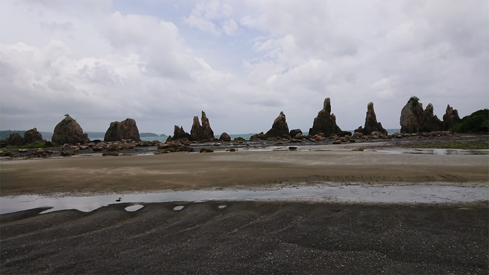 串本-橋杭岩