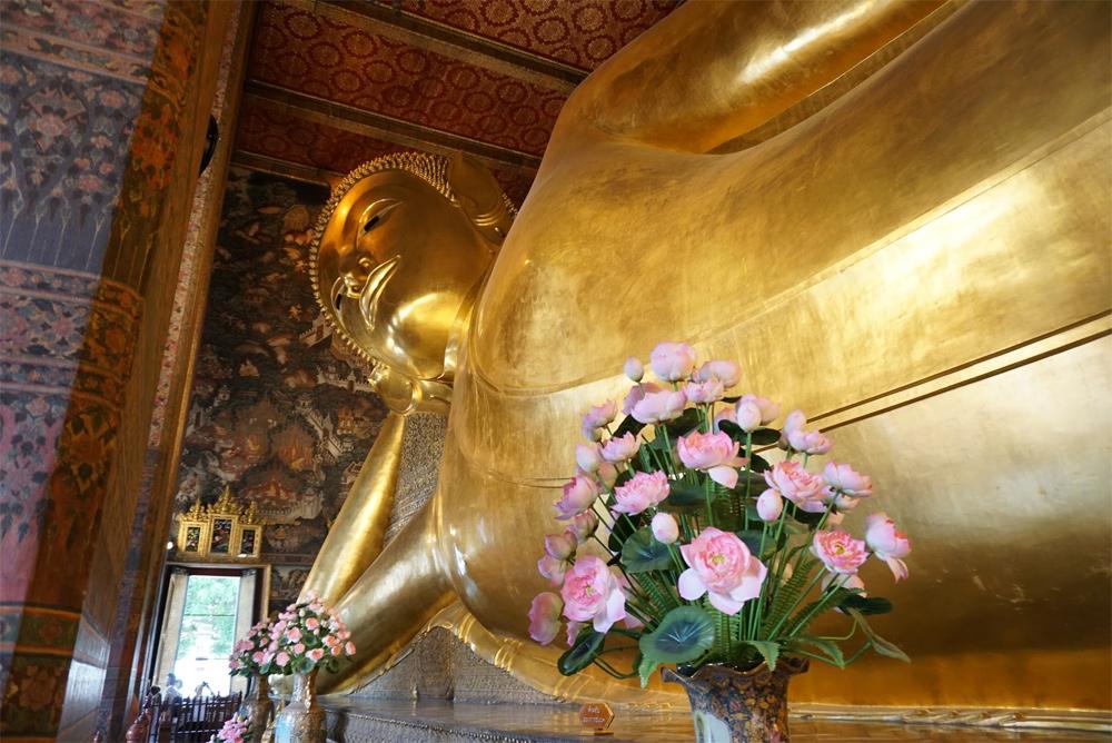 タイ旅行 寝る仏像