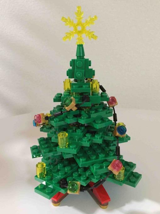 レゴで作るクリスマスツリー