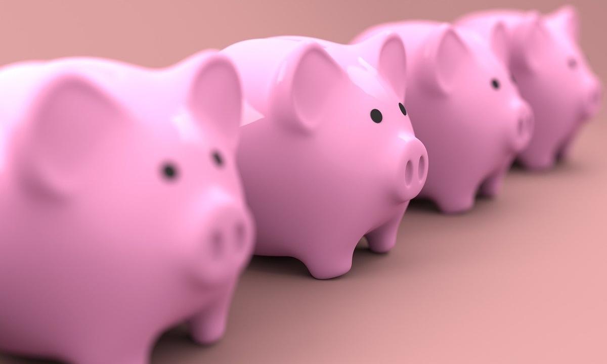 積立NISA 投資信託 含み益