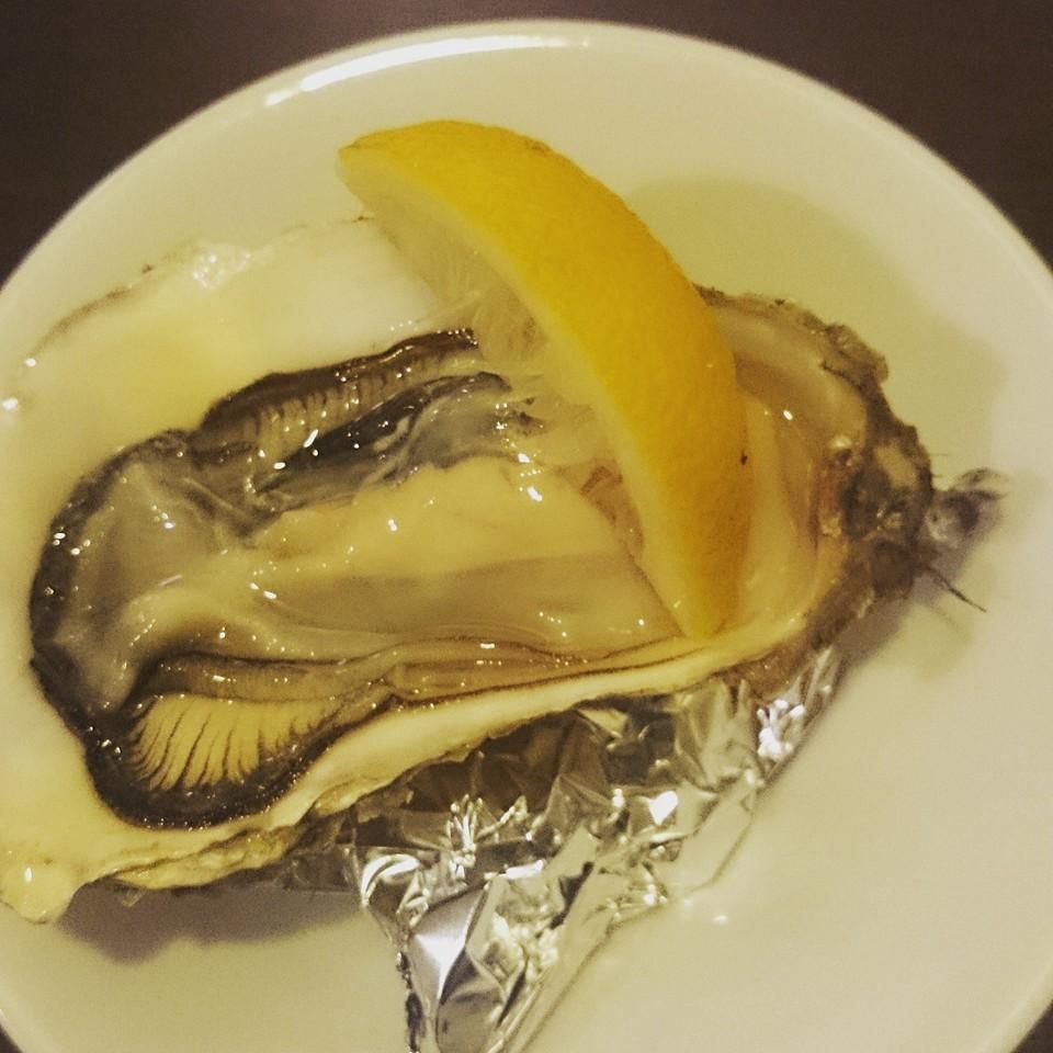 Paradaise Noir(パラダイス ノワール)の生牡蠣のブランデー掛け