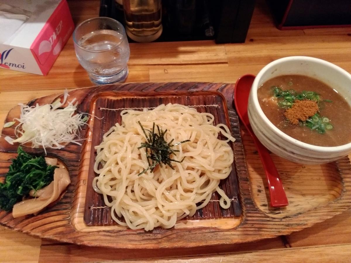麺場神徳:つけ麺