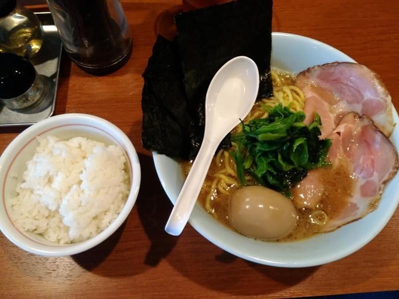 麺処 みな家:豚骨醤油らーめん&ライス