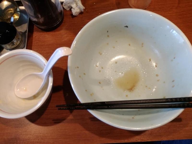 麺処 みな家:豚骨醤油らーめん 完食